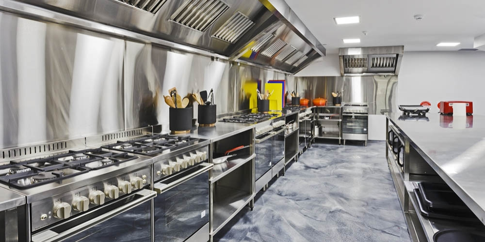 Selecting Right Commercial Kitchen Equipment